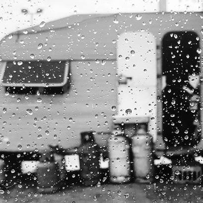 A rainy day at the caravan
